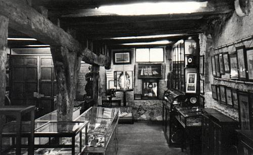 Interior, ground floor, 1963 (Photograph by B. Langrish)